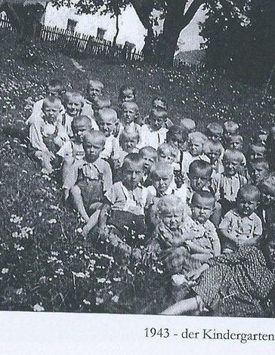 Óvoda Németbányán 1943