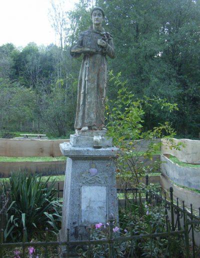 Szt Antal szobor